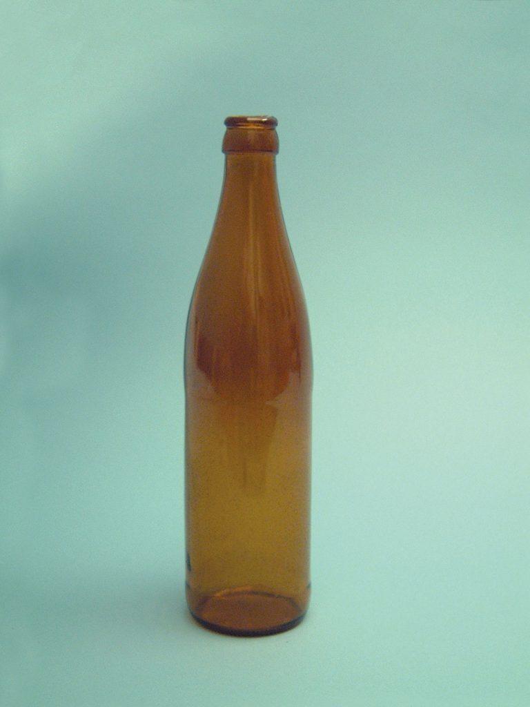 Suikerglas Euro-Bierfles, bruin, 25 cm x ø 6,5cm. Zeer breekbaar.