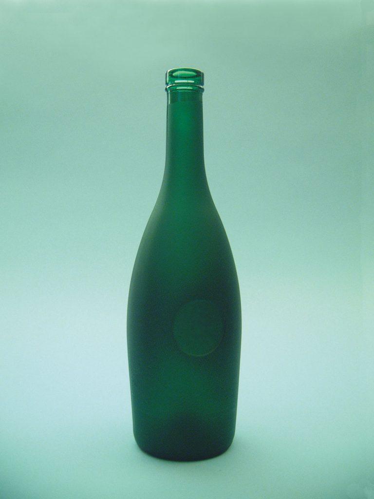 Sugar glass cognac bottle green. Height x diameter: 30 cm x ø 8 cm.