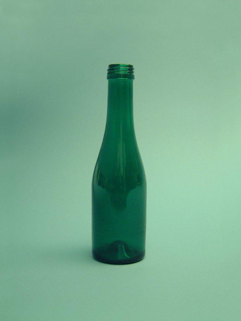 """Suikerglazen Sektfles """"Piccolo"""". Kleur: Groen, 19 x ø 5,5 cm."""