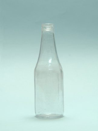 Ketchup bottle made of transparent sugar glass. Dimensions 25 x ø 8 cm.