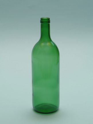 Red wine bottle of sugar glass, 1 liter, green ,. Height x Diameter: 29 x ø 8.5 cm.