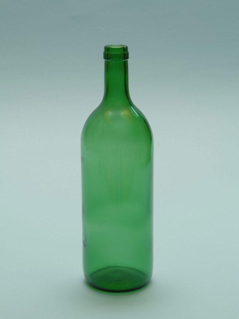 Red wine bottle of sugar glass, 1 liter, green ,. Height x Diameter: 29 x ø 8.5 cm.