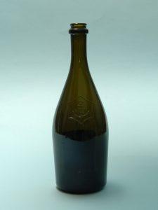 Sugar glass Champagne bottle 0.7 liters, brown / green 29 x ø 9.7 cm.