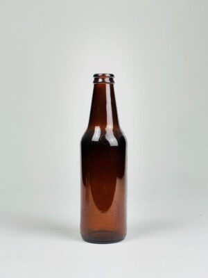 Heineken / Lindeboom bierfles voor professioneel gebruik op film of videoset.