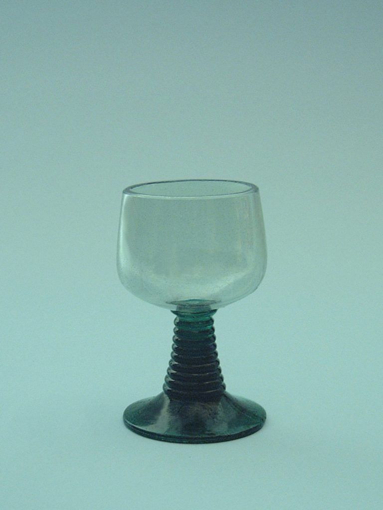 Wine glass Roma 11 x 7 cm. made of sugar glass, Fragile.