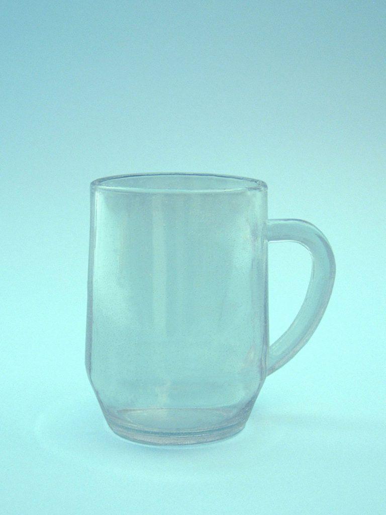 Theemok theebeker, theeglas van suikerglas. 10,5 x 7,5 cm.