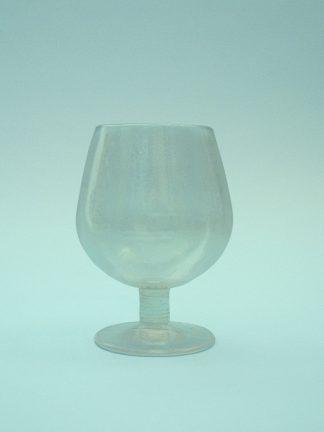 Cognacglas 12,5 x 9 cm. Breekbaar nepglas.