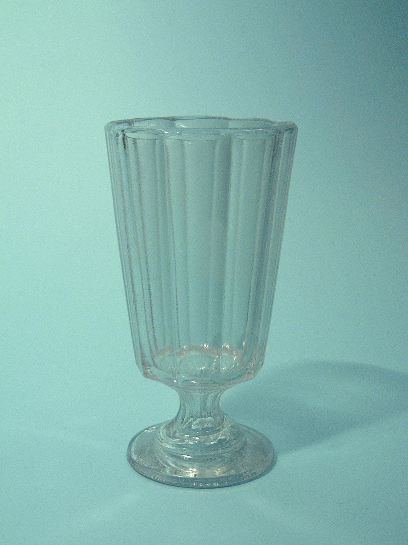 Sugar glass Cocktail glass or Ice coffee glass, 16 x 8 cm.