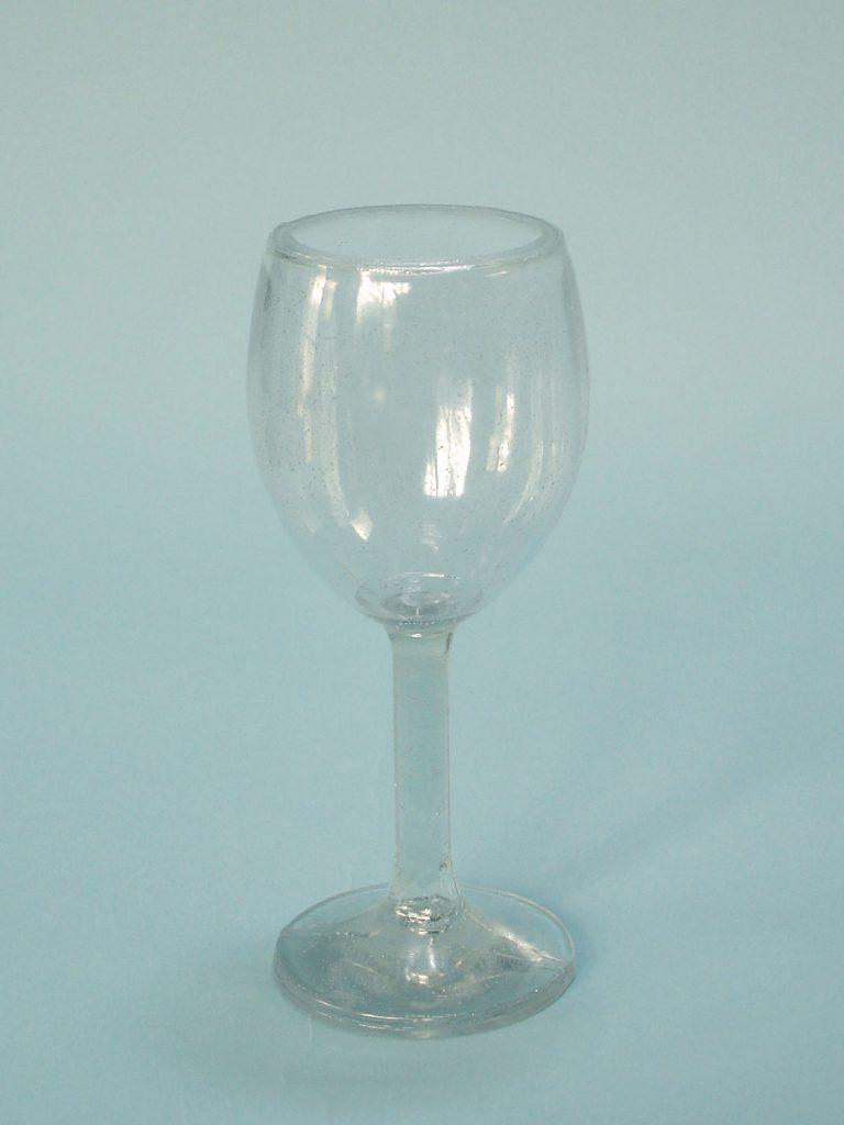 Sugar glass Wine glass, long handle. Height x Width: 18.5 x 8 cm
