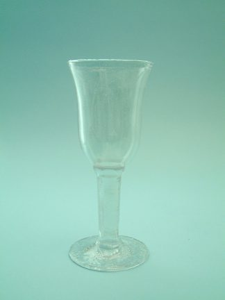 Sugar glass Wine glass in a Tulip shape, 19.5 x 8 cm.