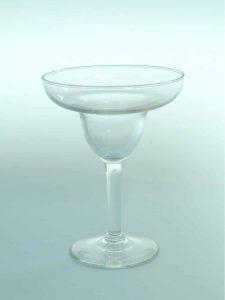 Champagne bowl, transparent sugar glass, H * W = 15 x 11.2 cm.