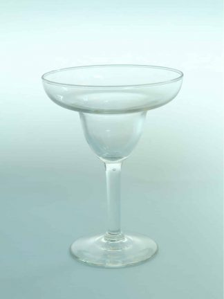 Champagne bowl, transparent sugar glass, H * W = 15 x 11.2 cm.