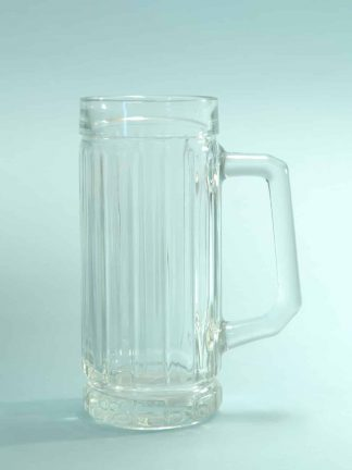 Large beer mug made of sugar glass. 0.5 liters, high model. Height x Width: 18.3 x 7.8 cm.