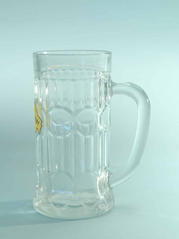 Bierpul van filmglas, Kartel model. 0,5 Liter. HxB : 17,2 x 8,3 cm.