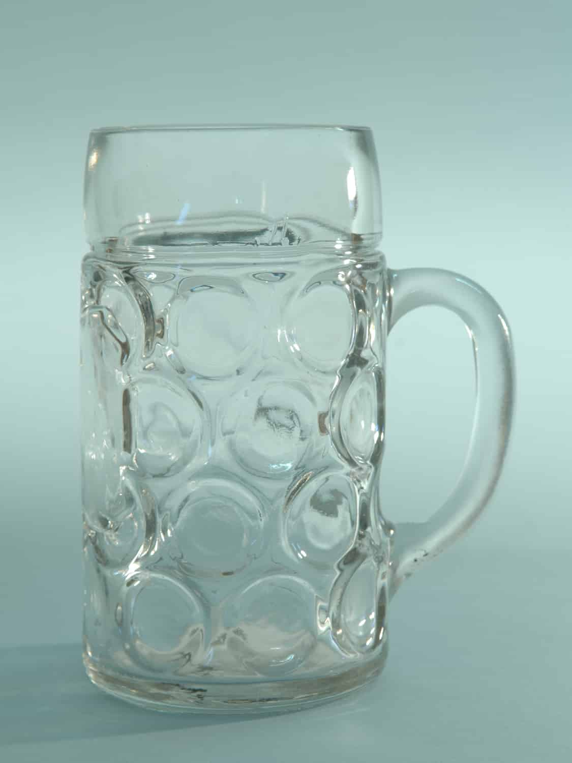 Awesome sugar glass beer stein. Height x width: 20.2 x ø 10.9 cm.