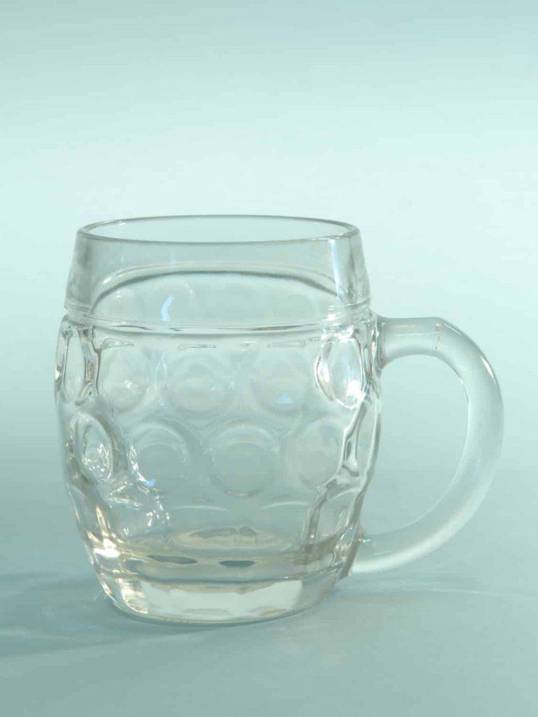 Breakaway Sugar glass beer mug. Content 0.5L. Belly model. Height x Width: 12 x 10.1 cm.