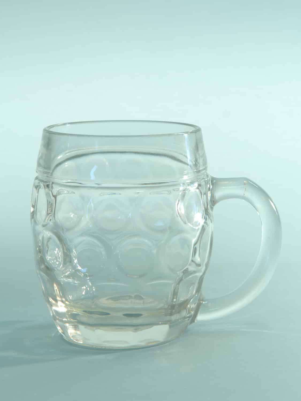 Breakaway Bierpul van suikerglas. Inhoud 0,5L. Buikmodel. Hoogte x Breedte: 12 x 10,1 cm.