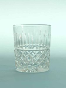 Stunt glass breakaway Whiskey glass, Crystal cut. H * W 10 x 8.2 cm.