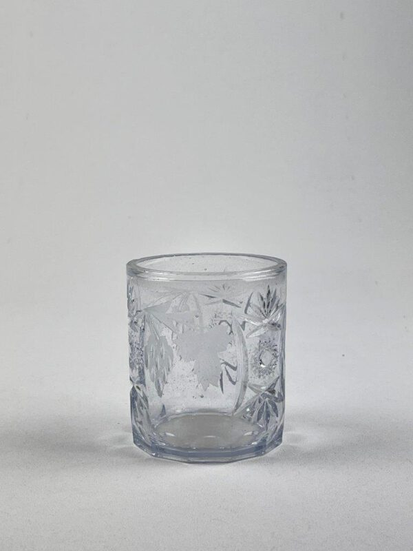 Whiskyglas gemaakt van transparant suikerglas.