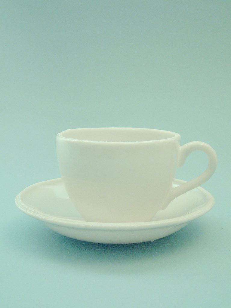 Saucer made of sugar glass, size: 2.5 cm ø 14.5 cm. (Model-1)