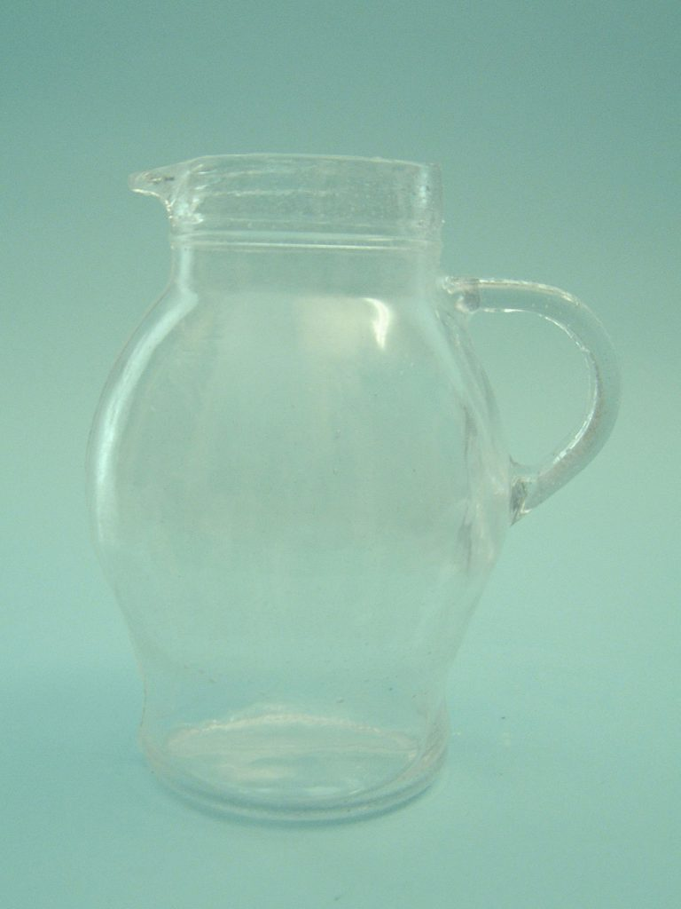 Lampet / water jug made of sugar glass. 0300-Water jug 1 liter, 19 cm x ø 16.5 cm.