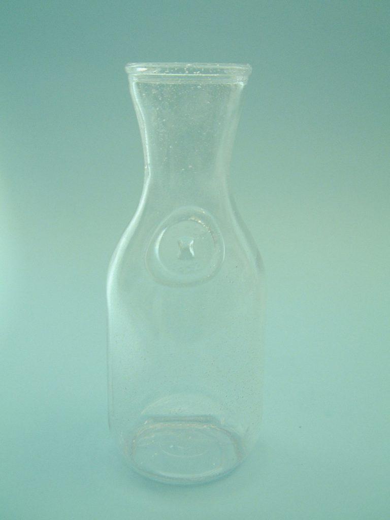 Film / video sugar glass. California carafe 1 liter, size: 24.5 x ø 10 cm.