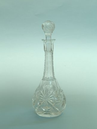 Jugendstil - Decanter, 21.5 (26.5) x ø 9.7 / 4 cm. making sugar glass for film, TV and video production.
