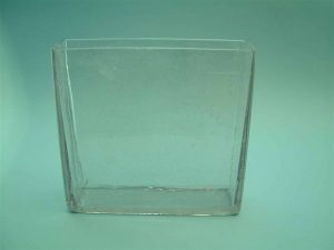 Laboratory sugar glass container. Clear sugar glass. Glass container, H 26 cm x L 25 cm x W 7 cm.