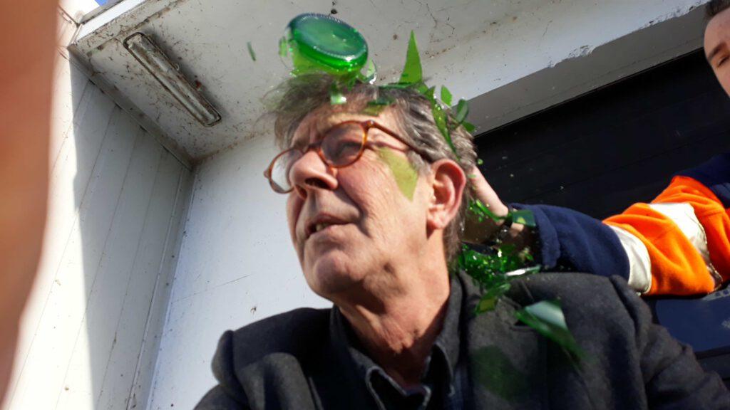 Fles op hoofd slaan? Suikerglas.nl ! Levering direct uit voorraad.