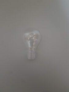 Light bulb E27 fitting made of sugar glass
