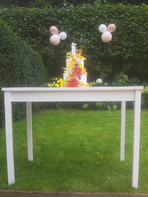 Table made of balsa wood, can be used as a stunt prop.