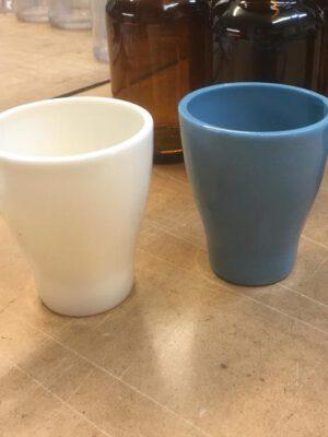 Koffie kopjes van suikerglas.